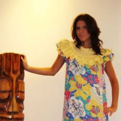 Ladies Vintage Hawaiian Rayon Mu Mu