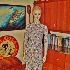 Vintage Neru Collars & Frogs Hawaiian Dress